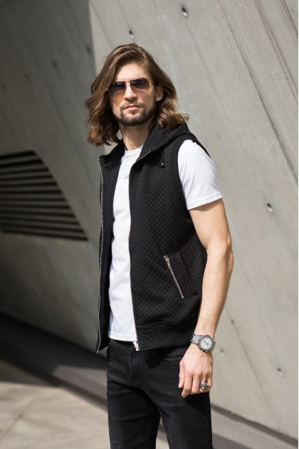 Crosscheck Vest Black